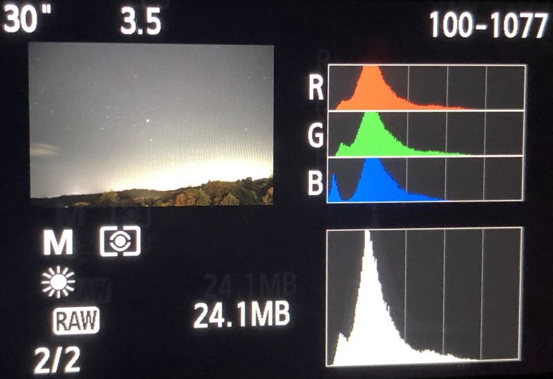 Balanced Histogram seen with DSLR astrophotography.